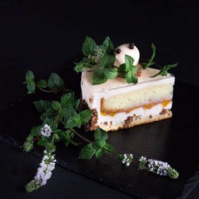 Tort-low key-fotografia-jedzenia-food-photo